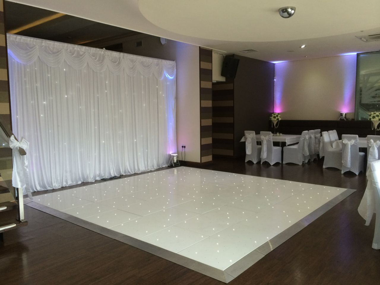 White-Wedding-Dance-Floor-Hire-Liverpool-OSKA-Liverpool-