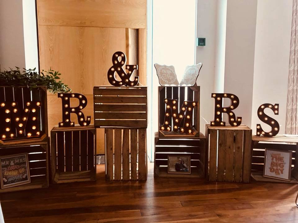 rustic mr and mrs wedding sign hire, vintage crates mr & mrs hire