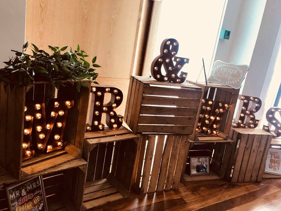 vintage rusted mr & mrs wedding sign wooden crates hire