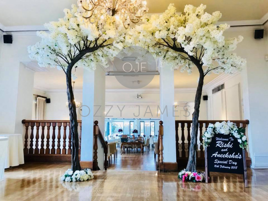 Giant Blossom Tree Hire, Large Blossom Tree Hire, Blossom Tree Arch Hire Merseyside, Blossom Trees For Hire
